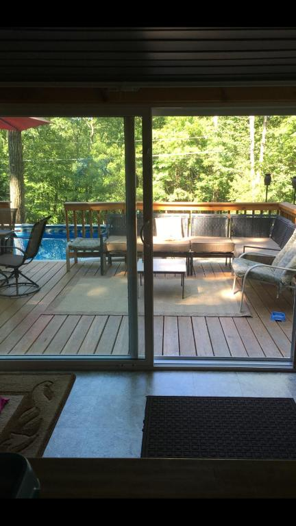 Poconos House With Indoor Pool : poconos, house, indoor, Pocono, Cabin,, PRIVATE, Shawnee/Camelback,, Stroudsburg, Updated, Prices