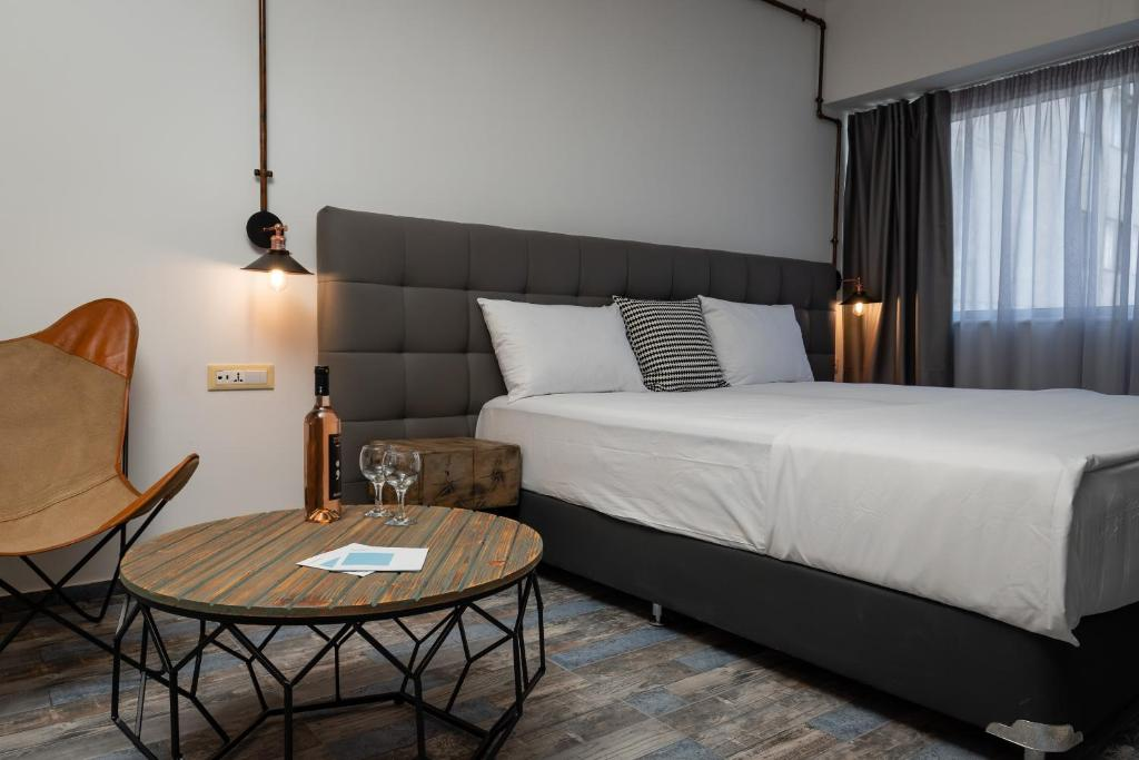 Superb Industrial Style Lodge Heart Of Athens Athens Updated 2020 Prices