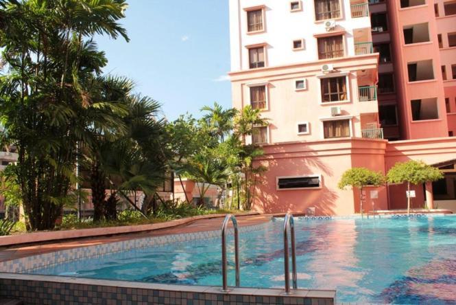 Marina Court Resort Inium Kota