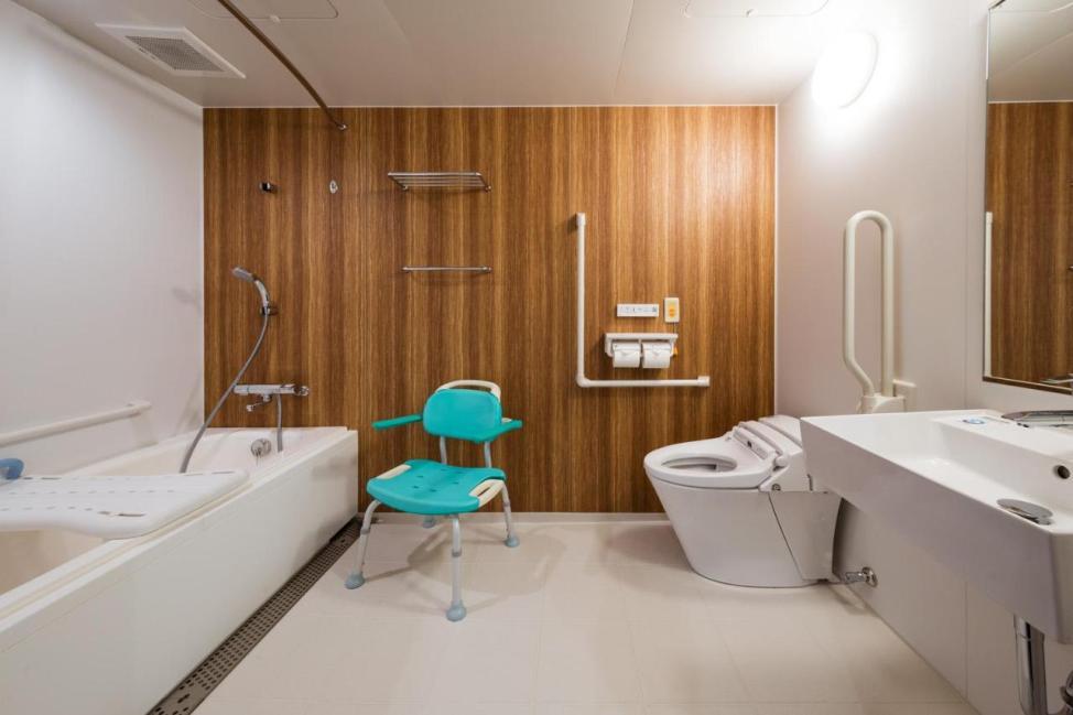 エスペリアホテル博多のユニバーサルルームのバスルーム
