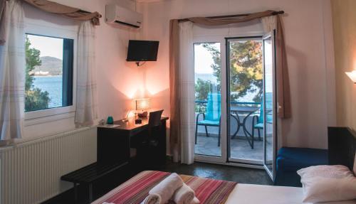 Sirius Apartments Neos Marmaras