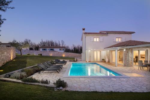 Villa Novena