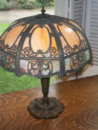 Chicago Mosaic Slag Glass Table Lamp | Collectors Weekly