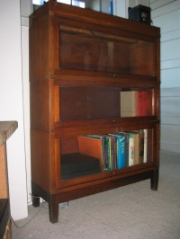 Globe-Wernicke Lawyer's Bookcase | Collectors Weekly