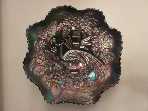 Peacock Urn Carnival Glass Bowls Collectors Weekly