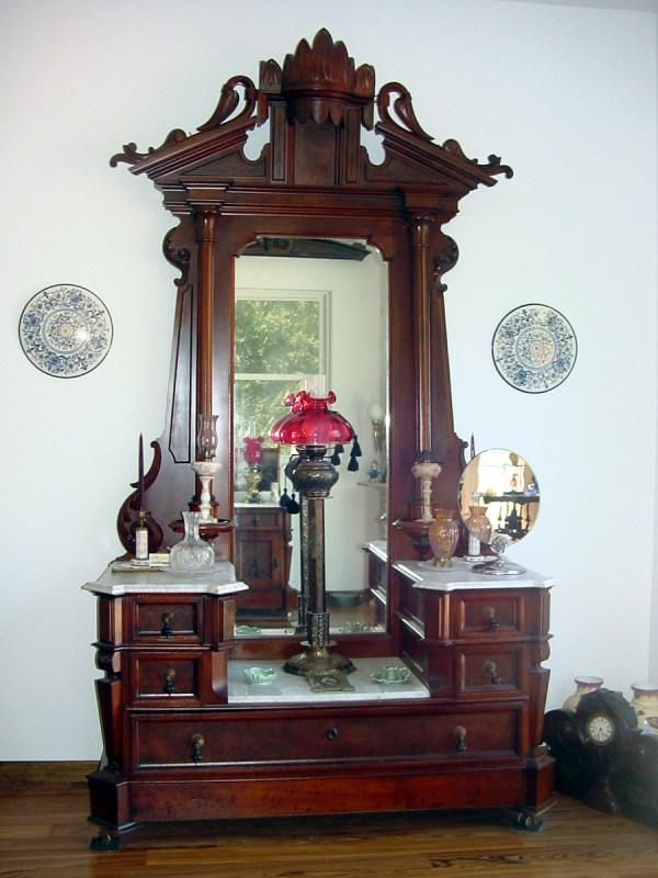 1880' Thomas Brooks Renaissance Revival 10' Bedroom Suite