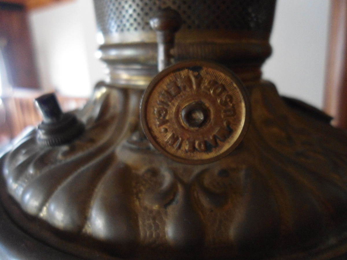 What is this I have this beautiful oil lamp with frosted