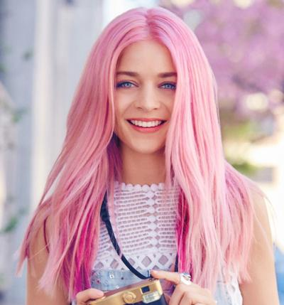 is dyed hair attractive