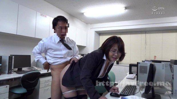 [HD][HBAD-574] 同僚に社内不倫現場を見つかって脅され、ぶっかけられた地味巨乳OL 赤瀬尚子