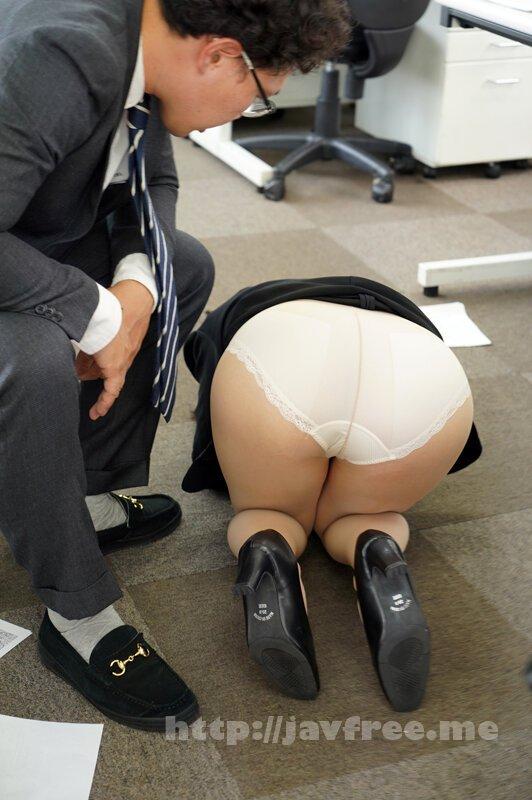 [HD][HBAD-597] 純朴で真面目だけどポンコツな新入女子社員は美巨乳で躰だけは最高級 中間管理職の変態男達の執拗な叱責に心が挫け従属的な性処理女として喜びを教え込まれた 夏川うみ