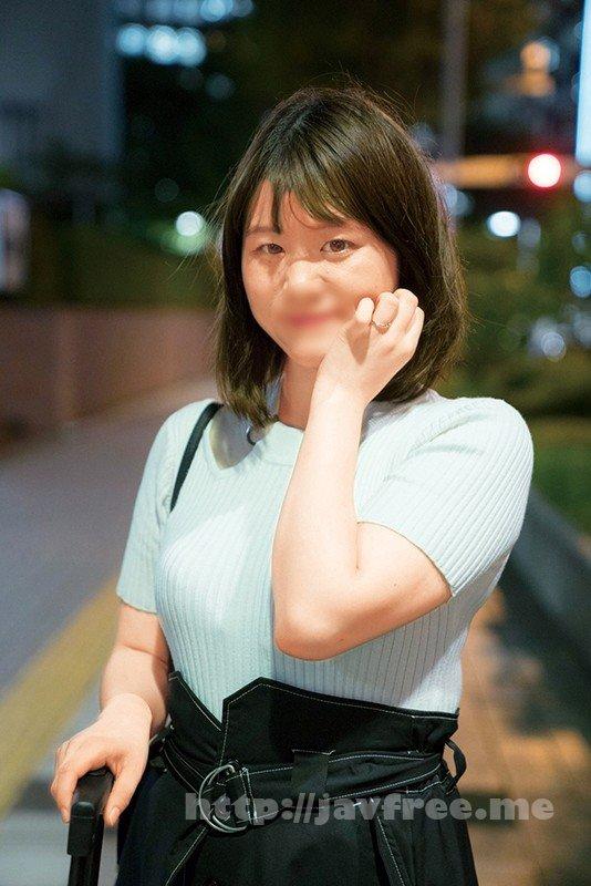 [HD][JKSR-469] @新宿 地方の人妻限定 巨大バスターミナル前で訳アリ人妻をナンパしてみた6
