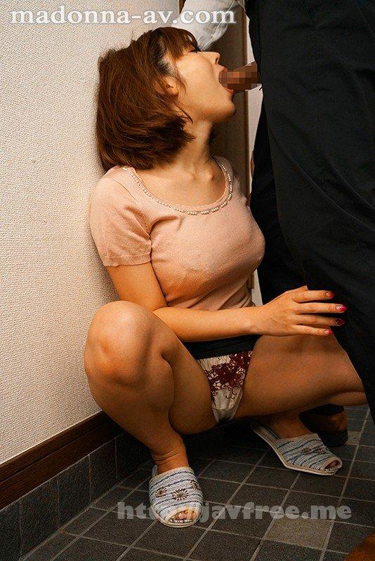 [HD][JUL-471] 夫では満足できなくて…パート先の巨根店長に堕ちた人妻 藤森里穂