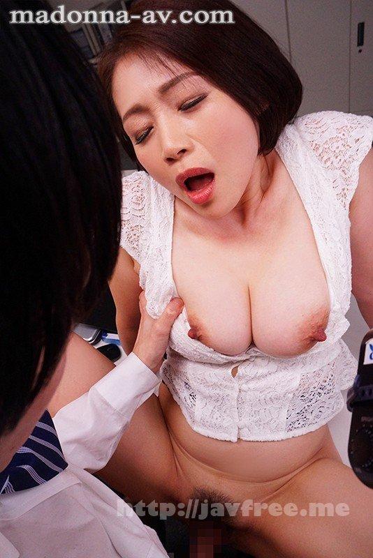[HD][JUL-553] これは部下に厳しいムチムチ女上司にセクハラしたら怒られるどころかセックスまで出来た話です。 友田真希