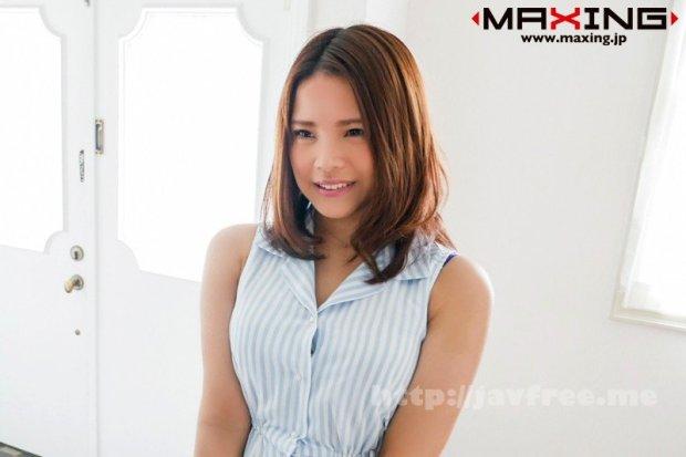 [MXGS-1046] デビューしたばかりの新人AV女優をスタジオ入り直後、腰を抜かすほどのピストンで即ハメセックス 寿ゆかり