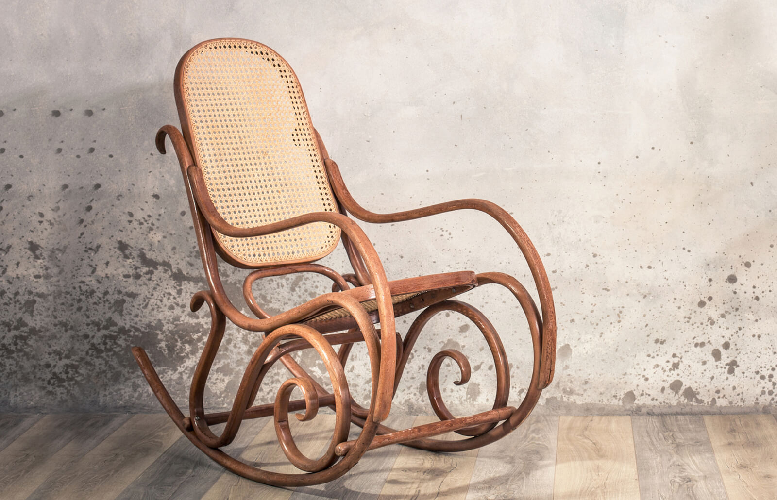 Identifying Antique Rocking Chairs Lovetoknow