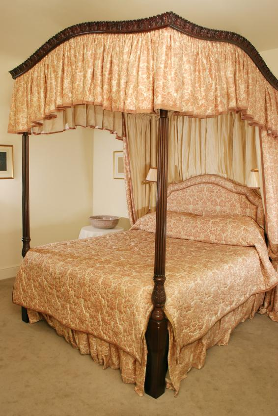 Canopy Bed Curtains Gallery Slideshow