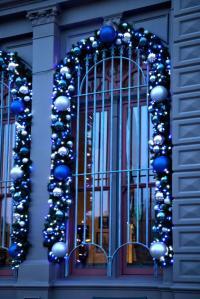Christmas Window Decoration Ideas [Slideshow]