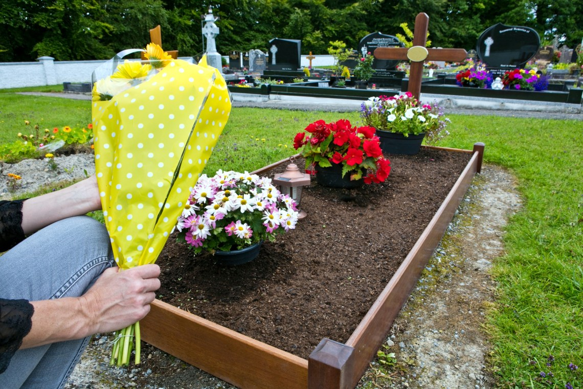 Green Burial Rules And Regulations Lovetoknow