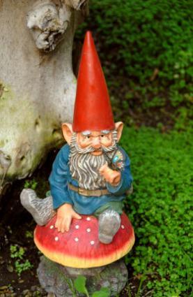 Bilderesultat for norwegian garden gnomes