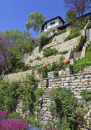 slope landscaping ideas lovetoknow