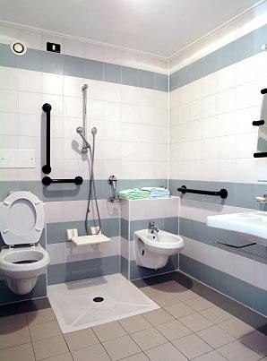 Bathroom Designs for the Elderly and Handicapped | LoveToKnow