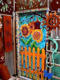 Cool Ways to Paint Doors [Slideshow]