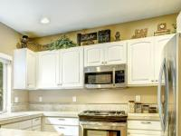 Ideas for Decorating Above Kitchen Cabinets [Slideshow]