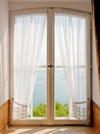 Spring Themes for Interior Design | LoveToKnow