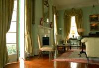 What Is Plantation Style Interior Design? | LoveToKnow