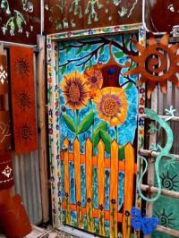 Cool Ways to Paint Doors | LoveToKnow