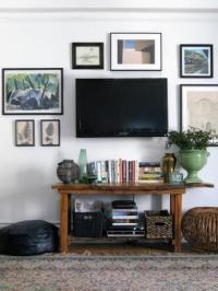 Decorating Around a Flat Screen TV | LoveToKnow