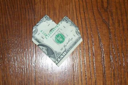 Money Origami Heart Lovetoknow