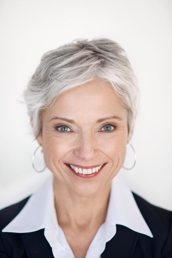 Pictures Of Short Hairstyles For Gray Hair
