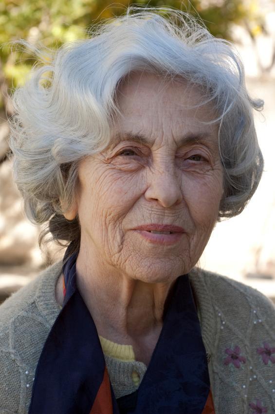 Senior Womens Hairstyles Slideshow