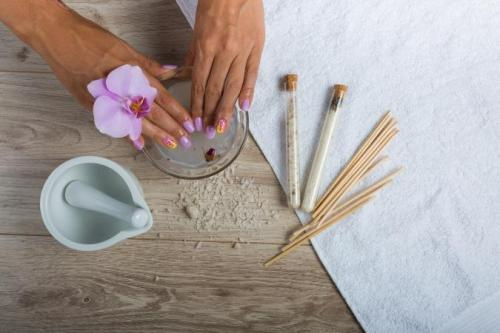Tips On How You Can Maintain Acrylic Nails