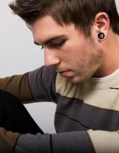 Ear gaugeg also piercing tips lovetoknow rh tattoos