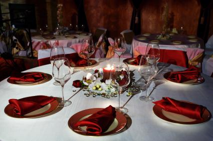 What To Look For In Prom Venues LoveToKnow