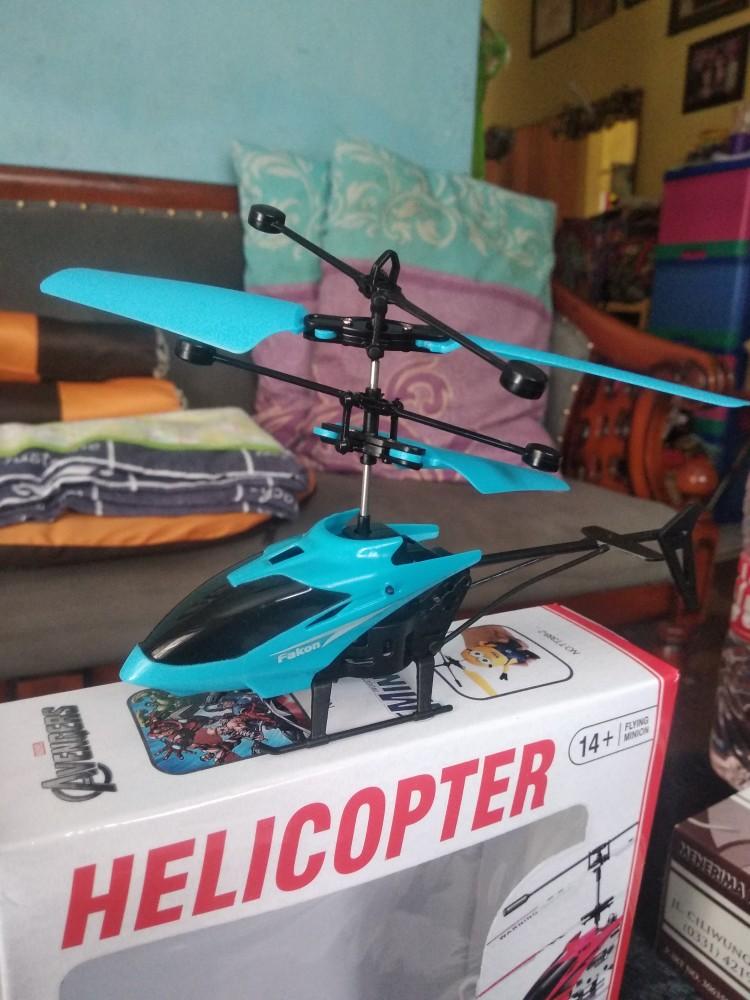 Cara Membuat Helikopter Mainan Yang Bisa Terbang : membuat, helikopter, mainan, terbang, Helikopter, Sensor, Tangan, Mainan, Terbang, Shopee, Indonesia