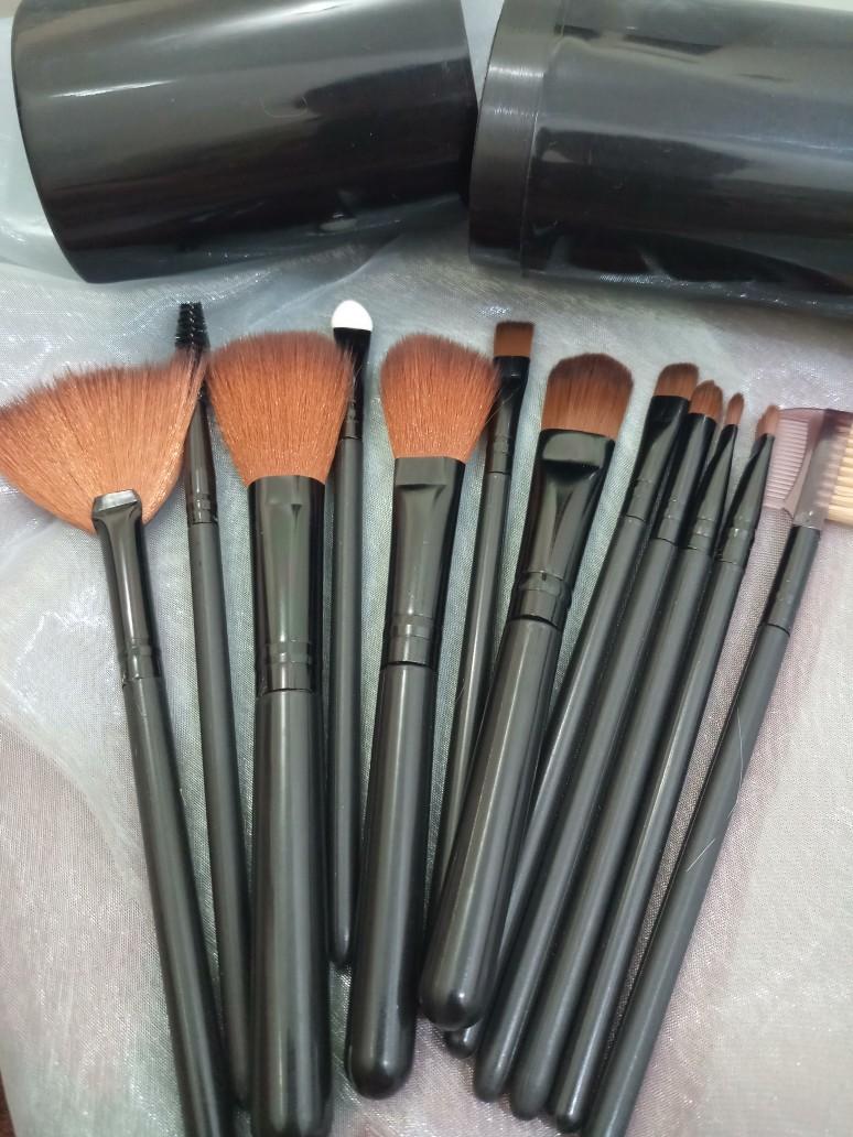 Nama Nama Alat Make Up Lengkap : lengkap, INDOMINI, Makeup, Kosmetik, Tabung, Lengkap, Brush, Penyimpanan, Shopee, Indonesia