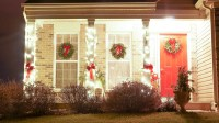 Outdoor Decorating Ideas For Christmas - White Lace Cottage