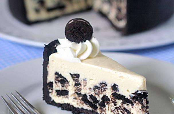 Foodista Awesome Ice Box Oreo Cheesecake