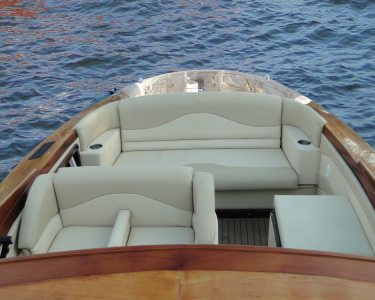 27' Predator Speed Boat