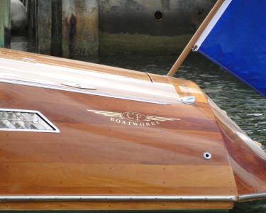 27' Predator Speed Boat