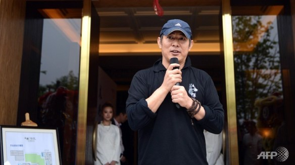 Jet Li speaks at the opening of Taiji Zen martial arts school.