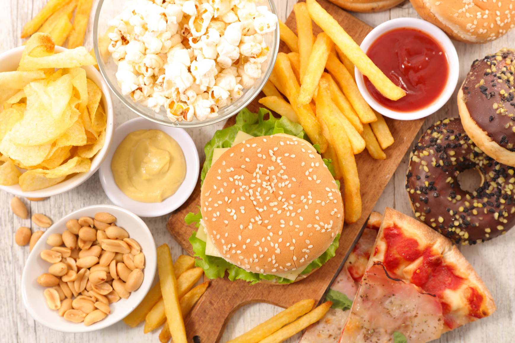 Junk Food Found To Be Twice As Distracting As Healthy Food