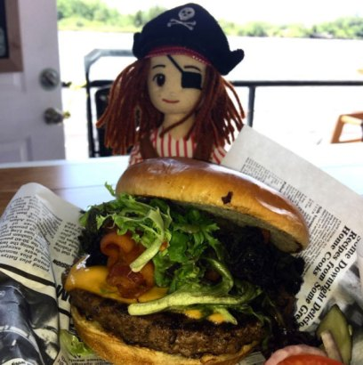 anne-bonnys-burger