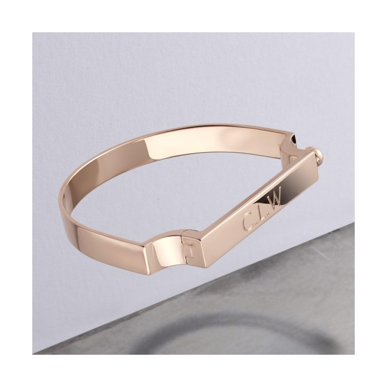 Новый ювелирный трэнд: квадратные кольца