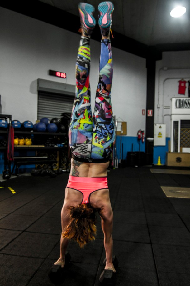 Wod CFS Box training girl crossfit pino