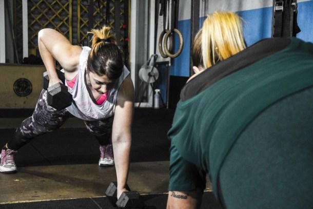 Wod CFS Box CrossFit Sevilla Girls Mancuerna