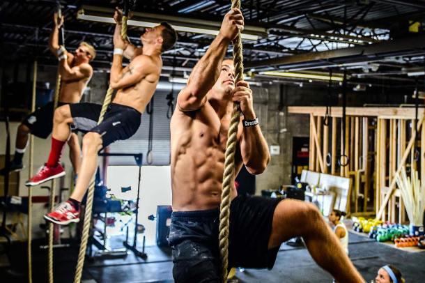 Wod CrossFit Sevilla training equipe